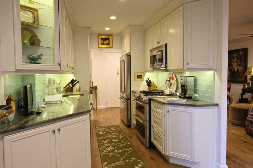 10 Tips For A Galley Kitchen